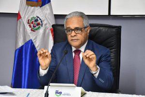 Ministro de Salud exhorta a la población, prestadores de Servicios de Salud, supermercados y bancos, fortalecer medidas de prevención