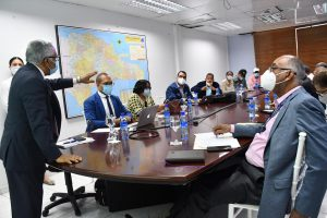 Ministro de Salud encabeza reunión de coordinación para el montaje del operativo de intervención de este fin de semana.