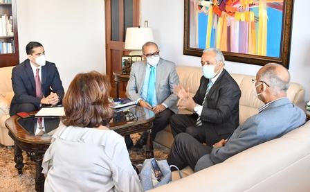 Ministerio de Salud Pública continúa reuniones estratégicas junto a la comisión de transición