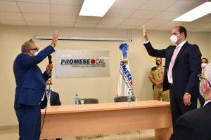 Ministro de Salud juramenta nuevo director Promese/Cal