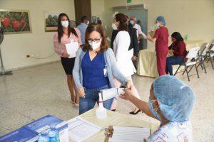 Área VI de Salud realiza operativo de detección de coronavirus en el Ministerio de Agricultura