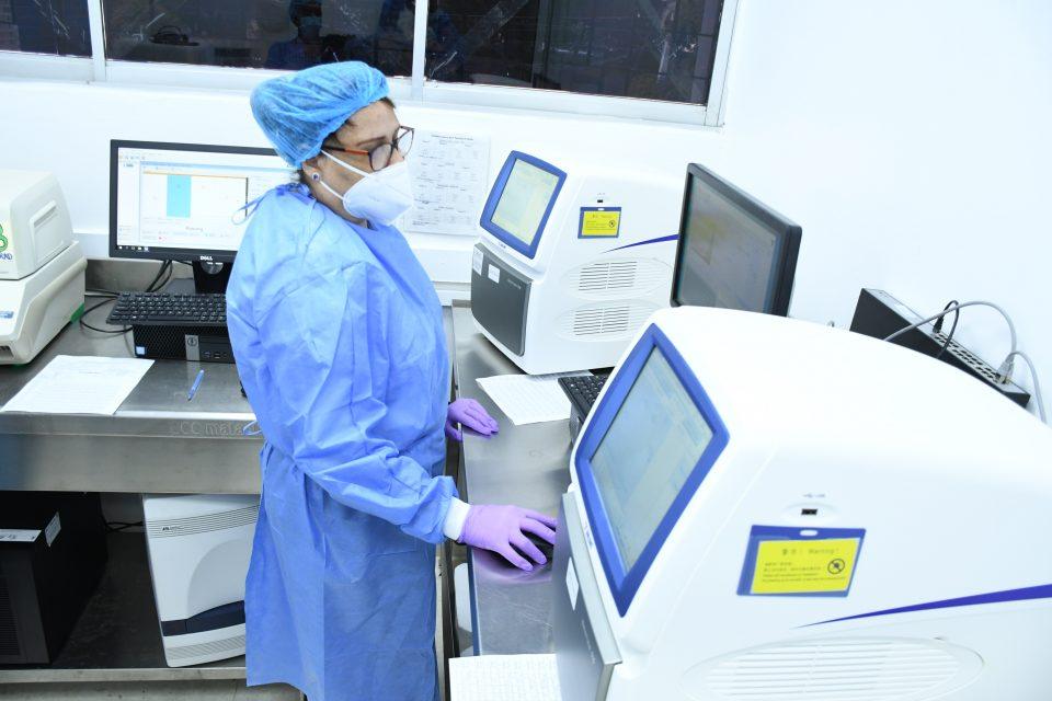 El Laboratorio Nacional Dr. Defilló está en capacidad de procesar total de pruebas PCR del sector público